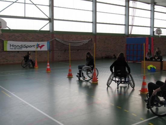 Slalom en fauteuil